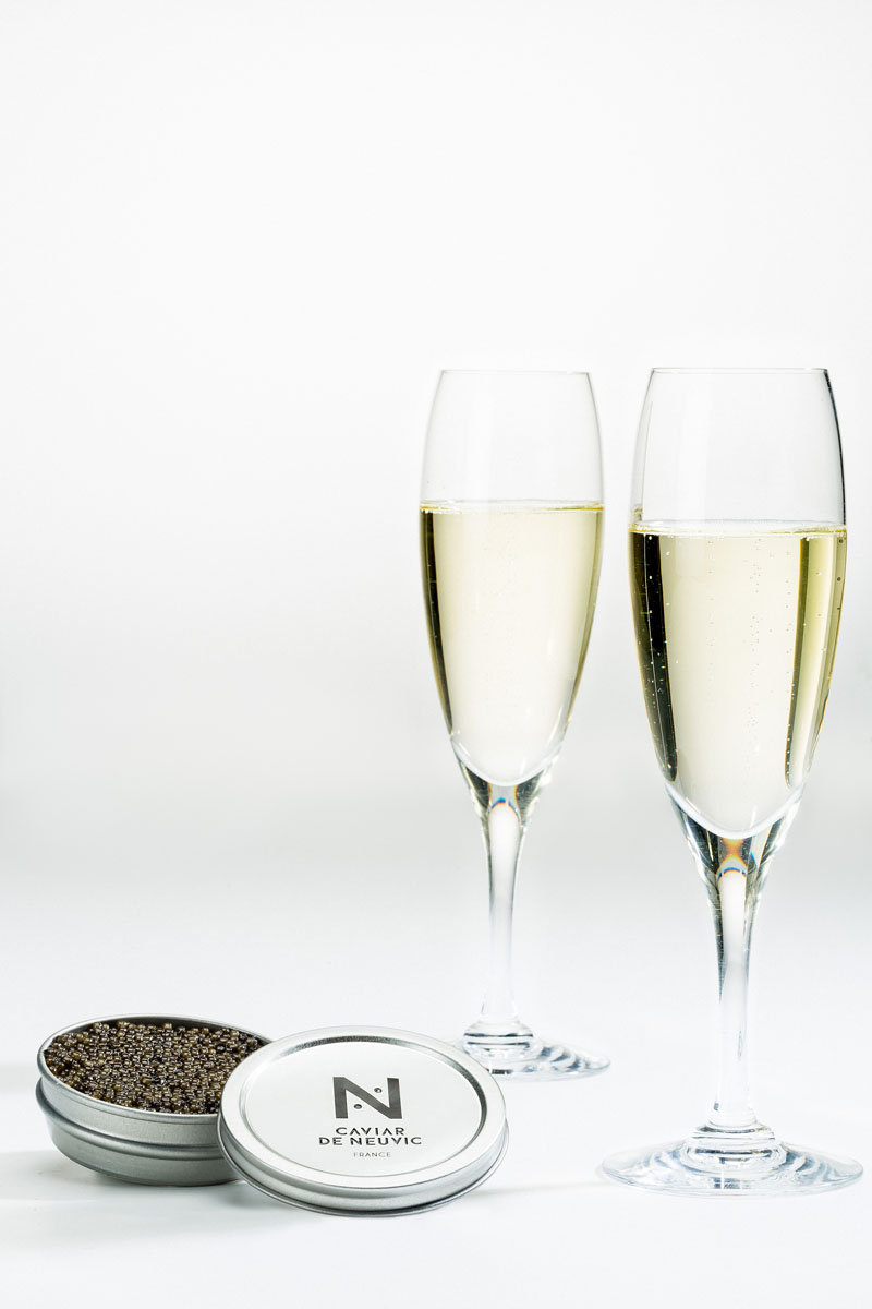 CAVIAR DE NEUVIC - Ambiance festive : Caviar et Champagne