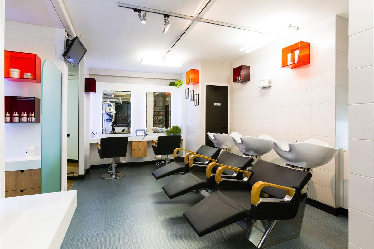 Am nagement d 39 int rieur nicolas ravinaud studio nr photo for Salon de coiffure venissieux centre