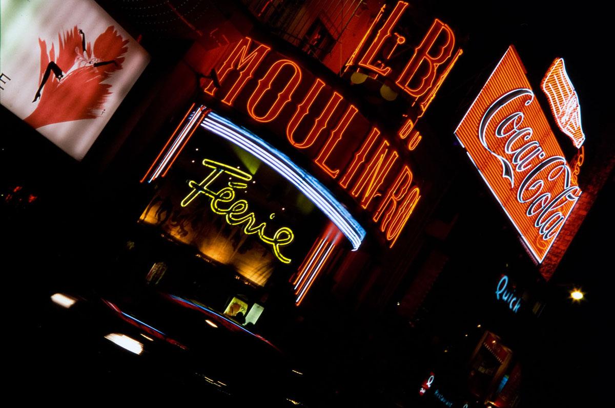 Photo du Moulin Rouge, Paris, de nuit