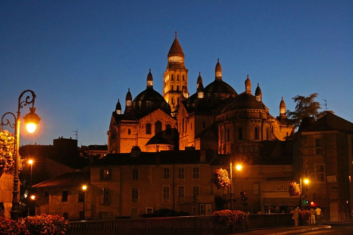 Photo cathédrale Saint Front, Périgueux, de nuit