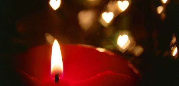 bougie pour les victimes des attentats du vendredi 13 novembre